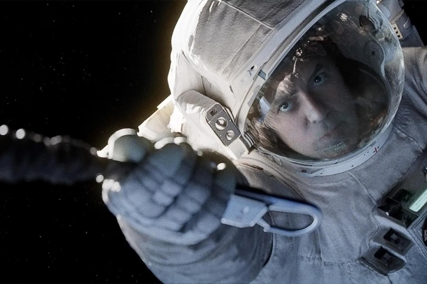 gravity-movie-review-george-clooney